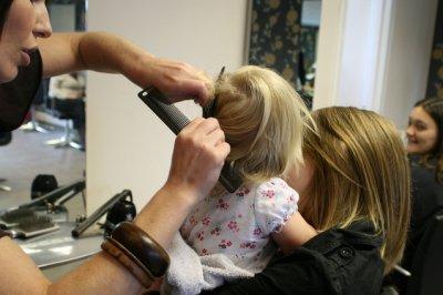 Na co zwrócić uwagę przy projektowaniu wizytówki fryzjerskiej?